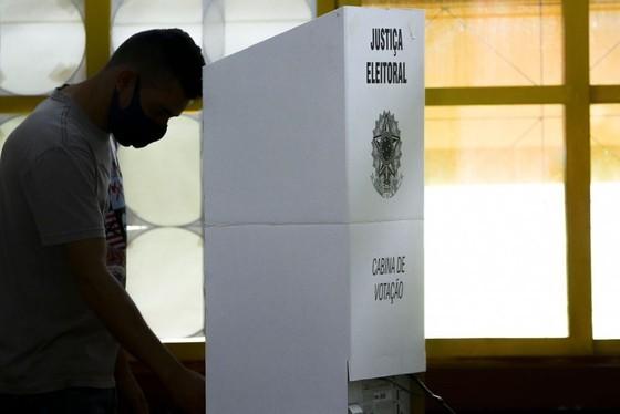 Segunda parcial: Ulisses Maia (56,2%), Homero Marchese (19,1%), Coronel Audilene (9,6%)