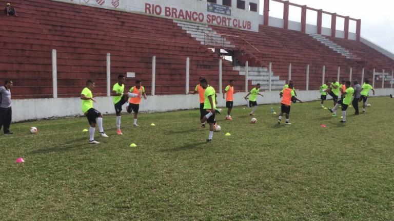 Maringá FC encara o Cascavel pela Taça FPF