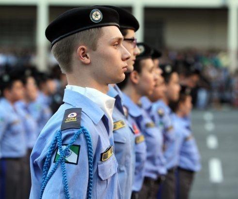 Consulta pública sobre colégios cívico-militares é prorrogada