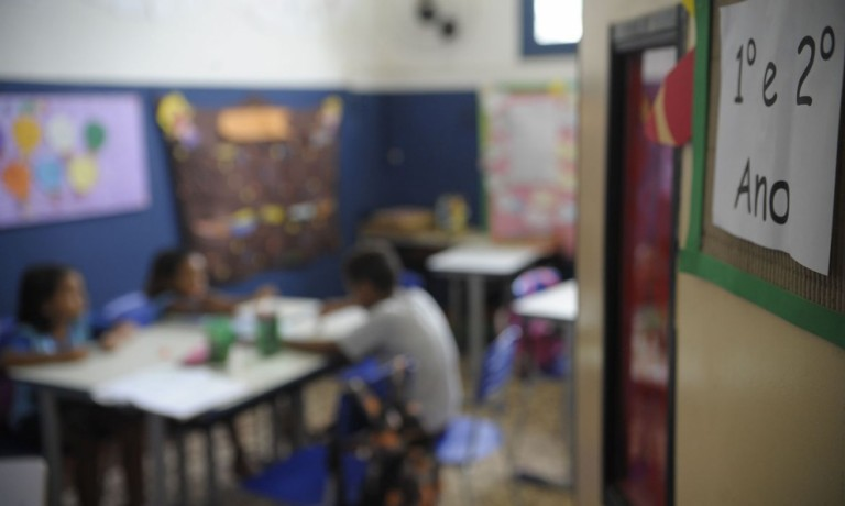 Maringá mantém início das aulas presenciais para o dia 18