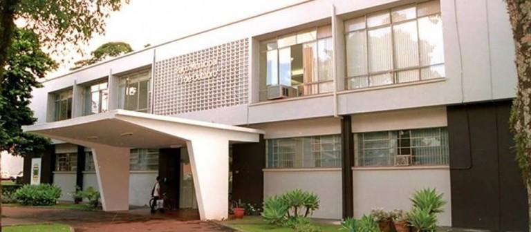 Campo Mourão autoriza retorno de cinema e faculdades privadas