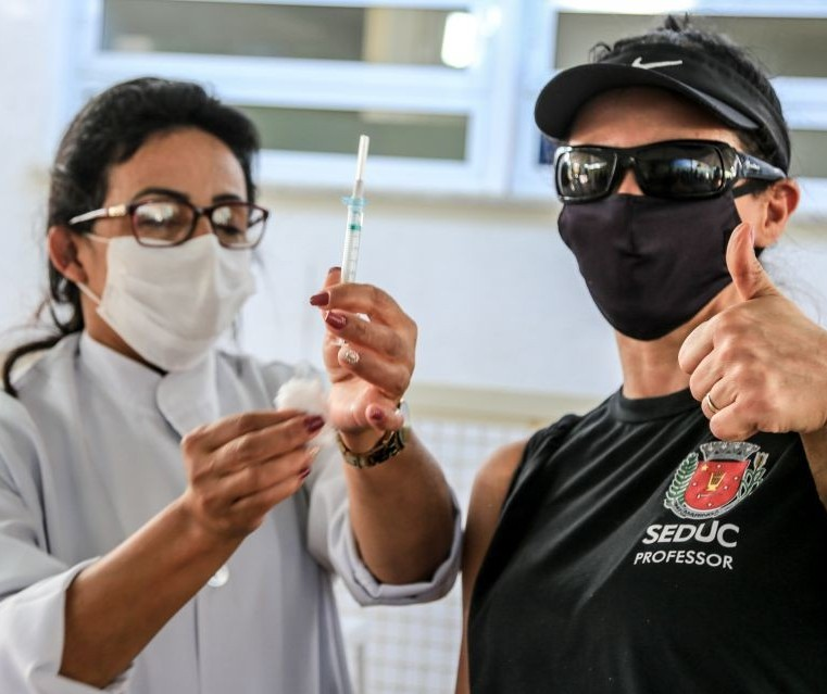 Maringá vacina com segunda dose nesta quarta-feira