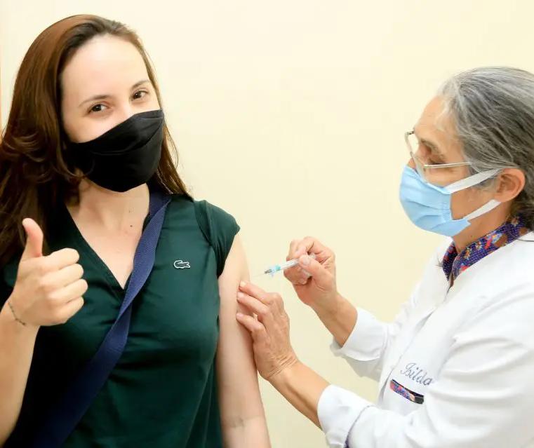 Covid-19: Maringá reduz faixa etária de vacinação nesta quarta-feira (25)