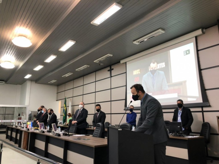Vereadores aprovam projeto de auxílio emergencial