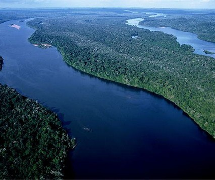 Água doce é um percentual mínimo na Terra