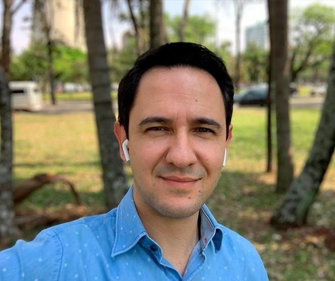 Valenciano faz uma análise dos planos de governo dos pré-candidatos