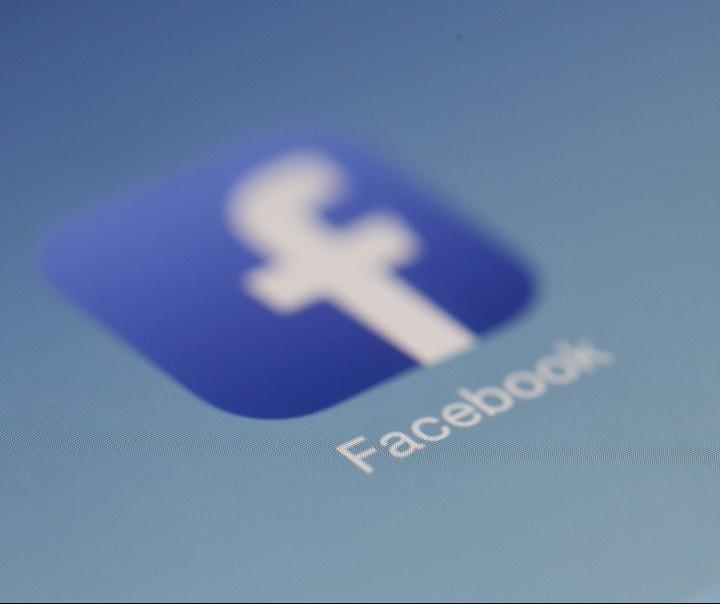 Facebook remove 5 mil segmentações de anúncios