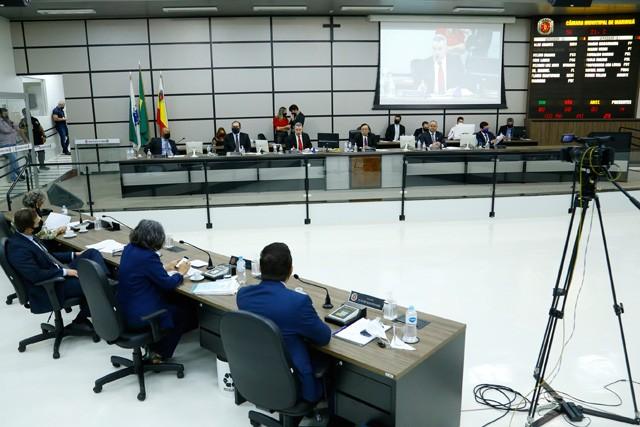 Projeto que previa 48h para por em vigor decretos municipais é arquivado