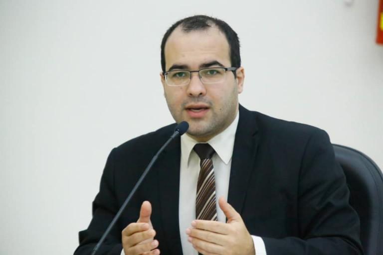 Decreto Legislativo suspende artigo do decreto municipal 690/2020