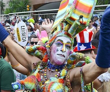 Carnaval é identidade não perversidade