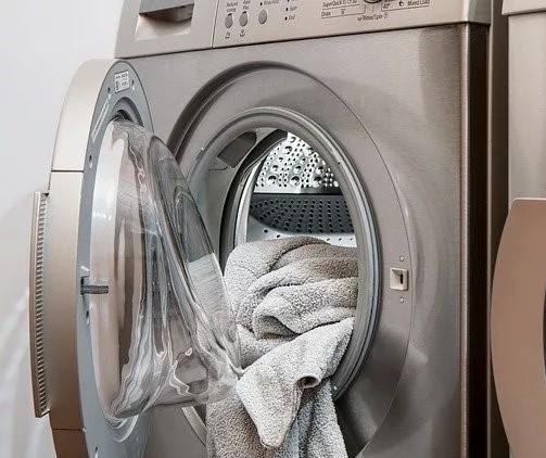 Briga entre grávida e marido por causa de máquina de lavar roupa vira caso de polícia