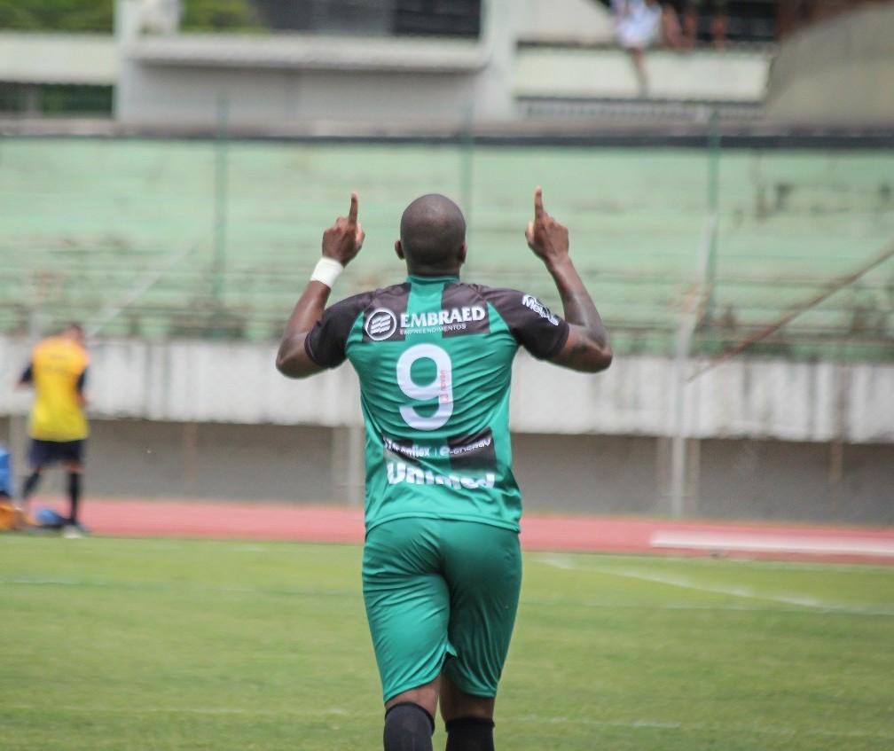 Maringá FC quer consistência para a fase final da série B do Paranaense
