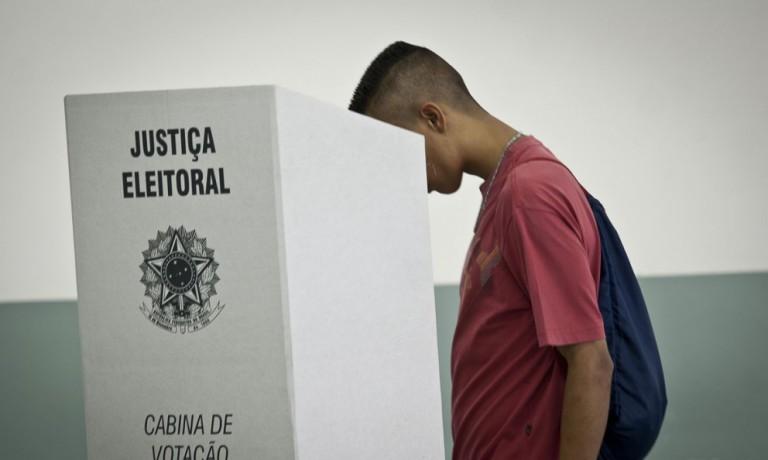 Candidatos que não estão bem na corrida eleitoral, apostam nos indecisos