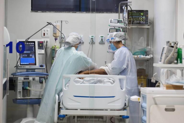 Mais de mil pacientes morreram na fila por uma vaga em UTI de janeiro a março no Paraná