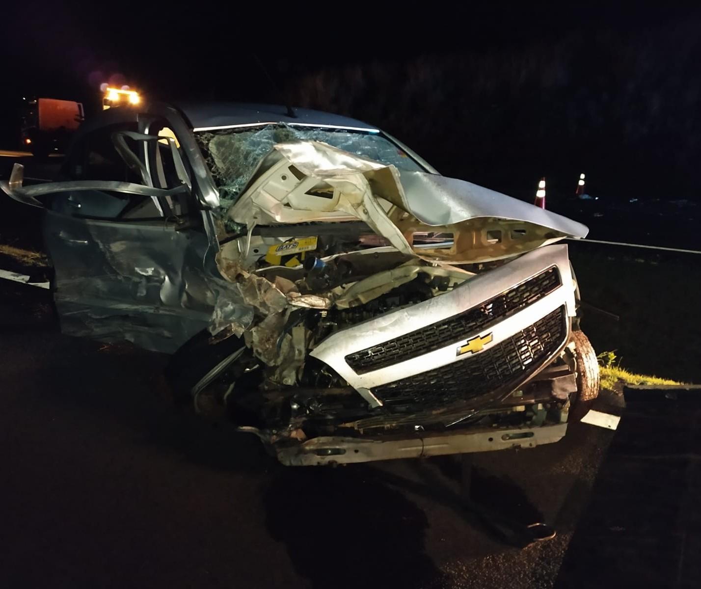 Passageiro morre e dois homens ficam gravemente feridos em acidente na BR-376