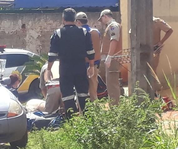 Homem é morto a tiros em rua de Sarandi