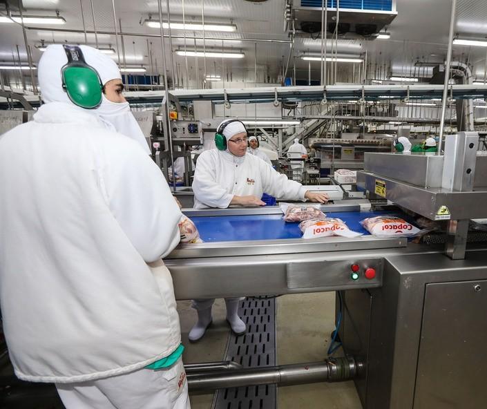 Indústria de alimentos é a que mais cresceu este ano no Paraná