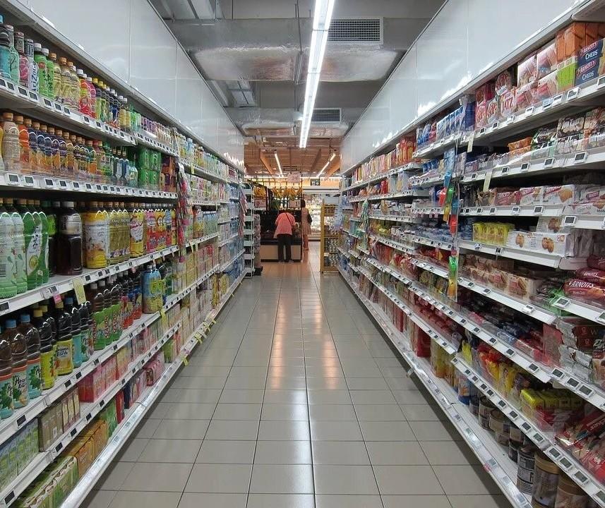 Estoque em supermercados não deve faltar, diz presidente da Apras