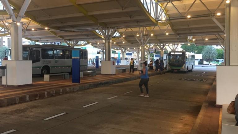 Justiça proíbe sindicato de impedir saída de ônibus das garagens