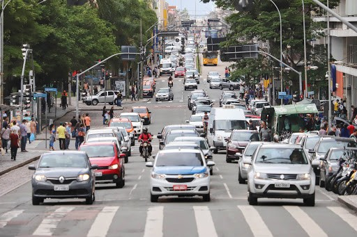 Pagamento do IPVA poderá ser parcelado em até cinco vezes no Paraná