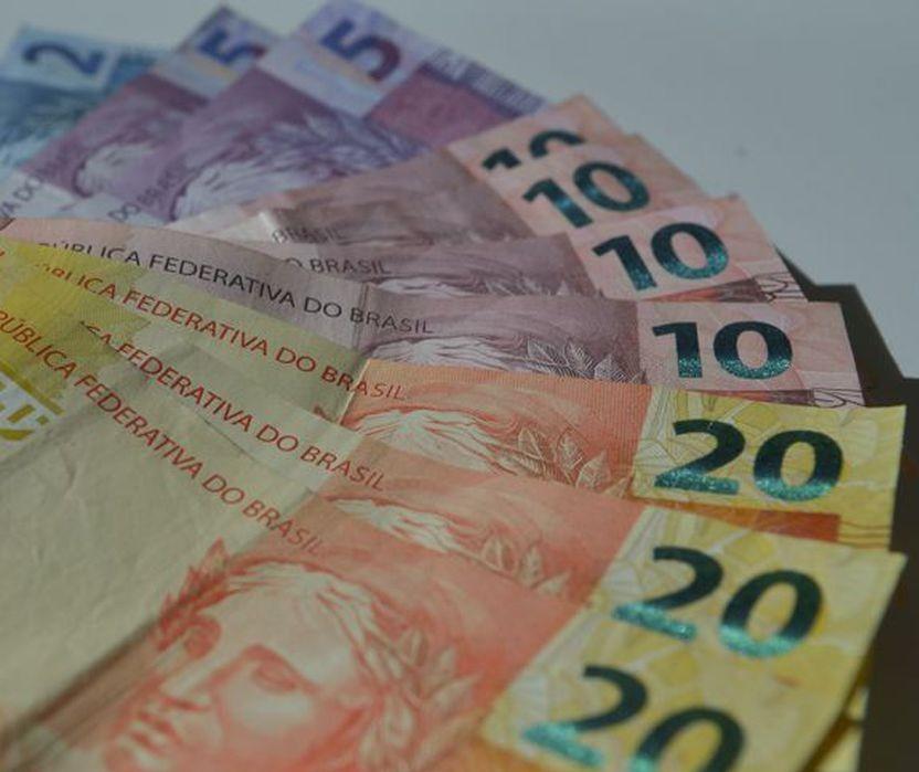 Ministério da Economia prevê rombo de R$ 861 bilhões nas contas do governo em 2020
