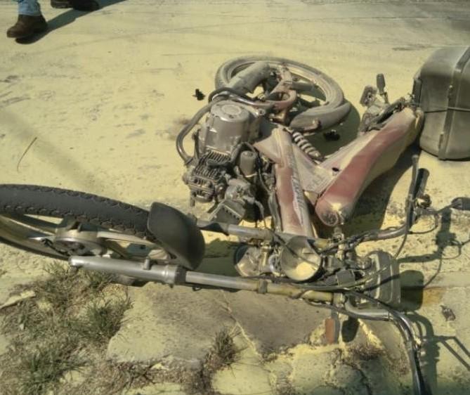 Em Maringá, motocicleta explode em acidente e idoso tem 40% do corpo queimado