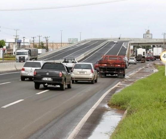 Apenas uma empresa apresenta proposta para ampliação de viadutos
