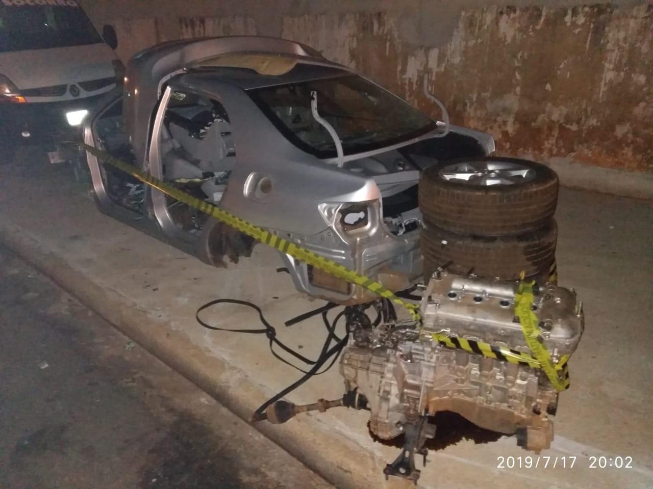 Polícia descobre desmanche em barracão na Avenida Morangueira