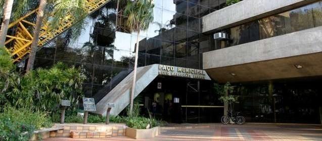 Já revogado, TCE determina revogação do banco de horas da prefeitura