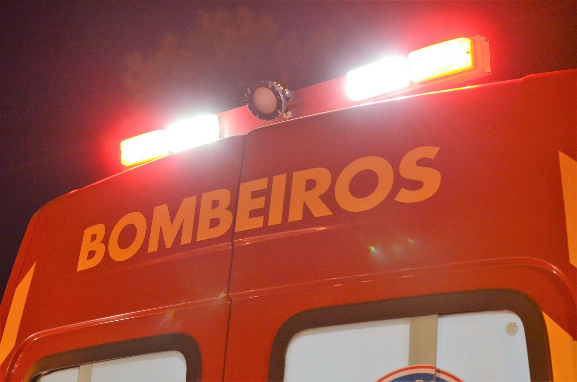 Jovem morre após seu carro ser atingido por trem, em Marialva