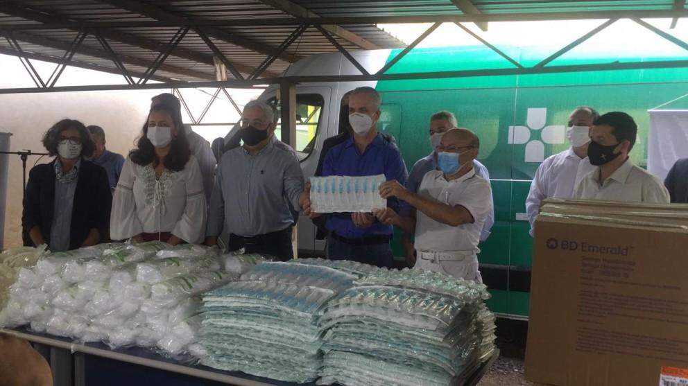 Insumos chegaram na 15ª Regional de Saúde de Maringá nessa segunda-feira (18) | Foto: Letícia Tristão/GMC Online