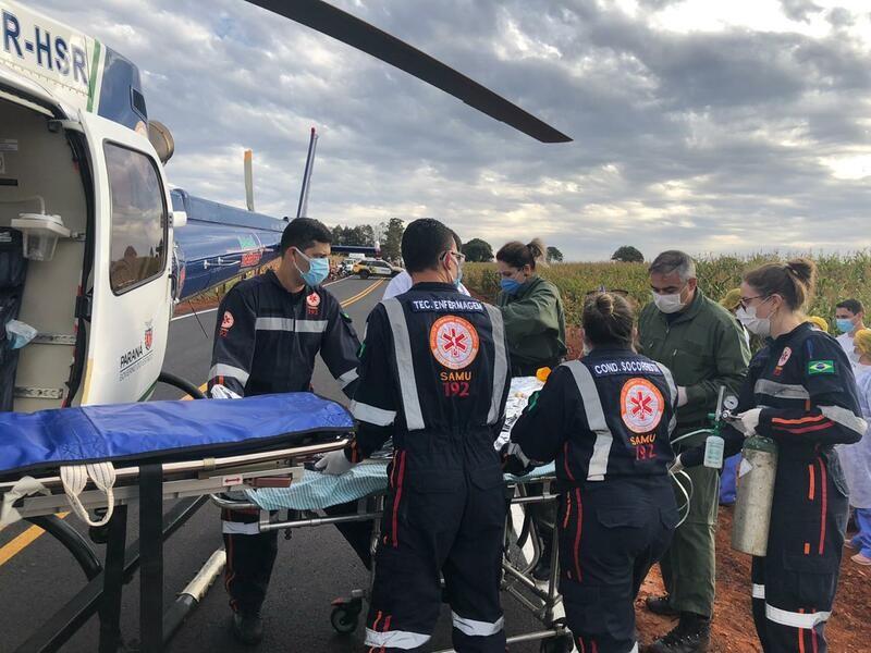Equipes de resgate durante o socorro à vítima – Foto: Samu Aéreo