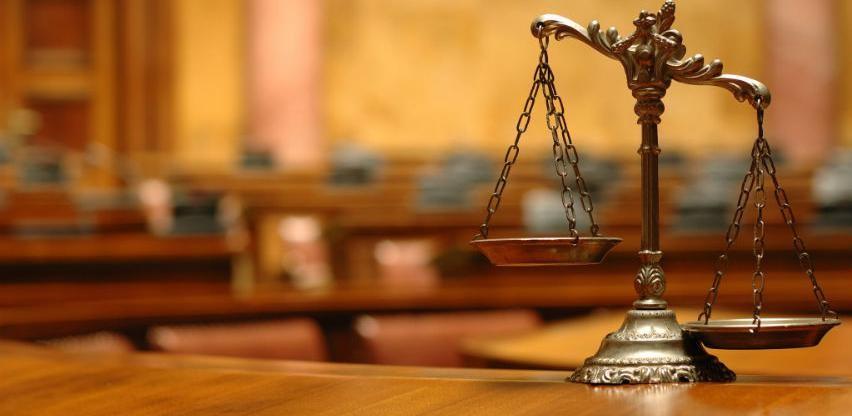 Encontro debate o cenário político e a Constituição
