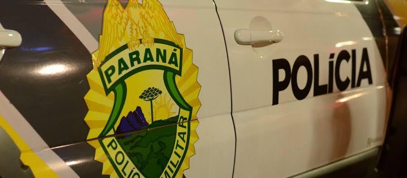Corpo de homem morto a tiros é encontrado dentro de carro no Conjunto Requião