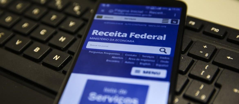 Atendimento presencial na Receita Federal será das 8h às 12h