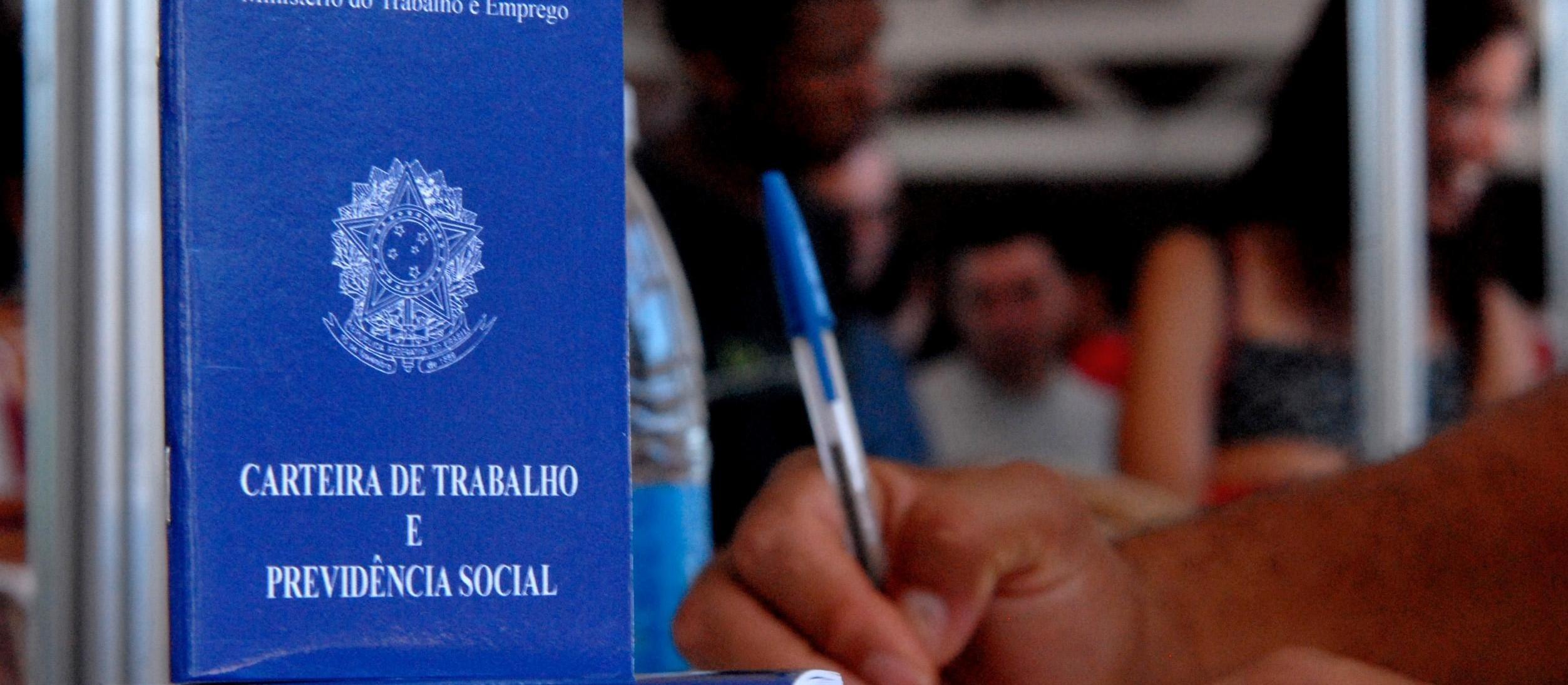 704 vagas de empregos temporários devem ser criadas até dezembro