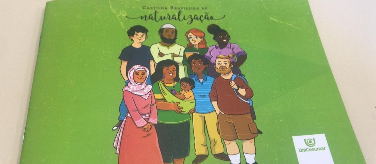 Estudantes de Maringá criam Cartilha Brasileira de Naturalização