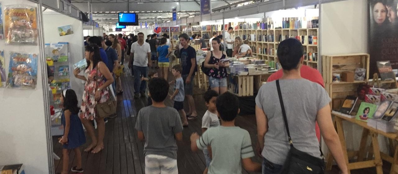 Flim atrai 70 mil visitantes e gera R$ 300 mil em vendas