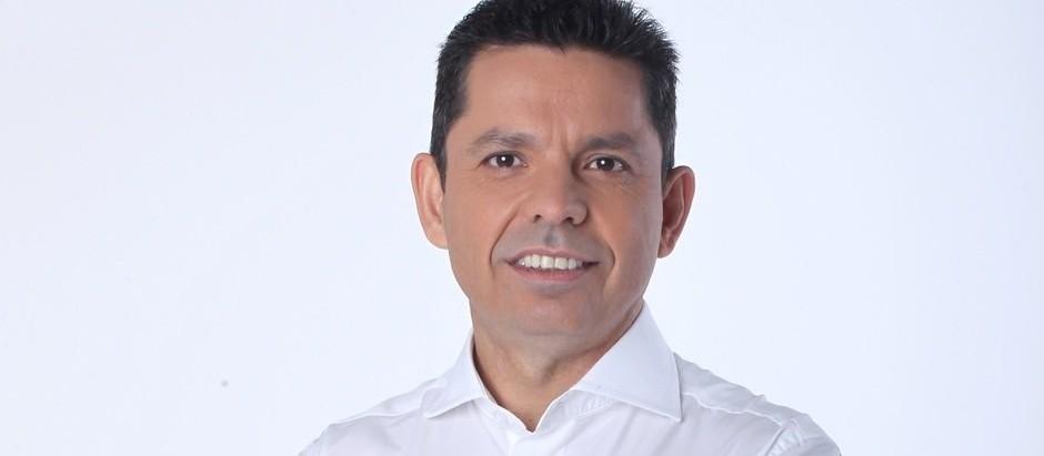 """Escritor Miguel Sanches Neto lança o livro """"A bicicleta de carga e outros contos"""""""