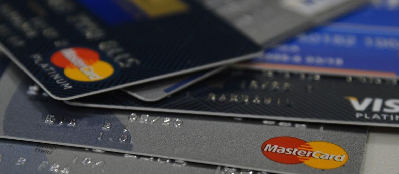 Sociedade deve exigir limite para a cobrança de juros, diz advogado