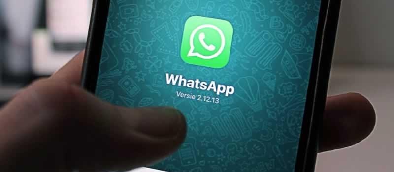 Divulgar print de conversa de WhatsApp pode gerar indenização