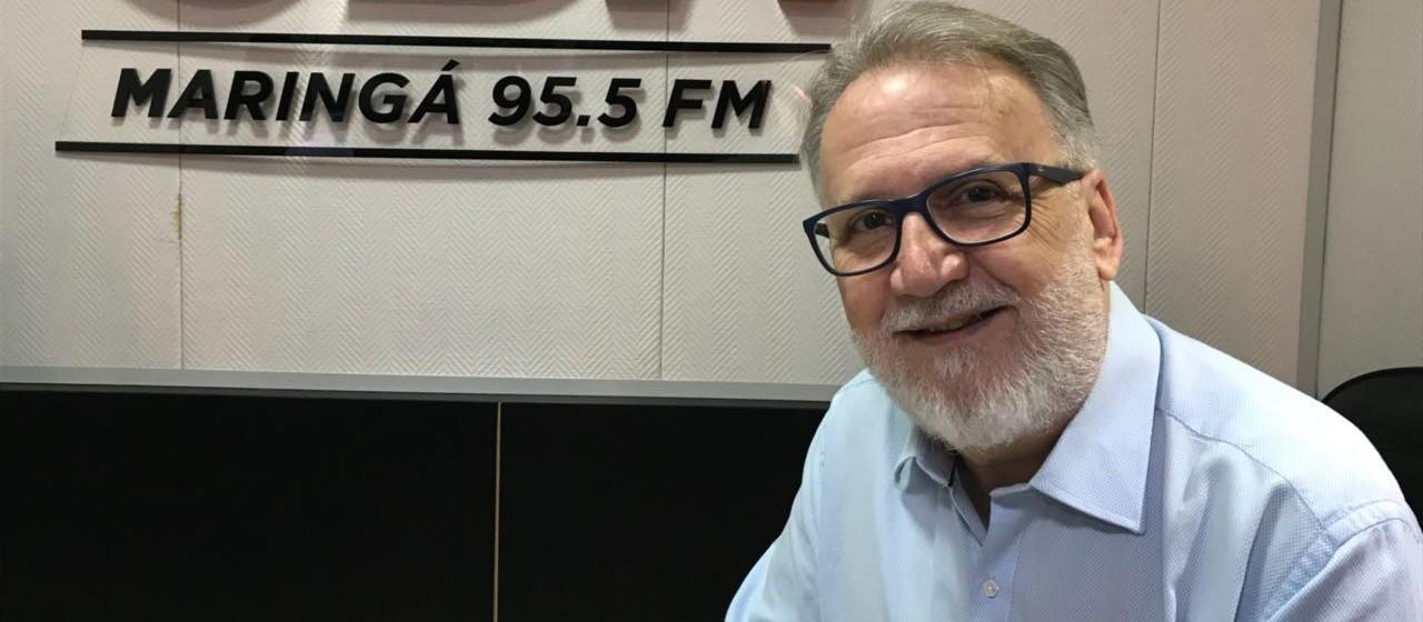 Prefeitos do Paraná debatem com pré-candidatos ao governo do Paraná, em Curitiba