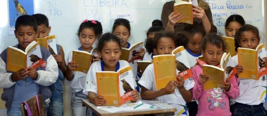Secretaria de Educação abre processo seletivo para assistente de alfabetização