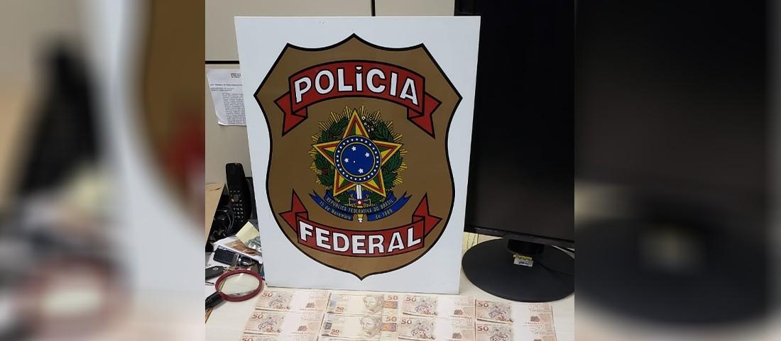 PF prende homem ao receber correspondência com notas falsas