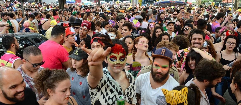 Carnaval é uma válvula de escape e permite externar sentimentos