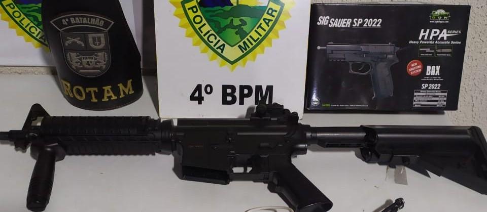 Quadrilha rouba caminhão em Maringá usando fuzil falso