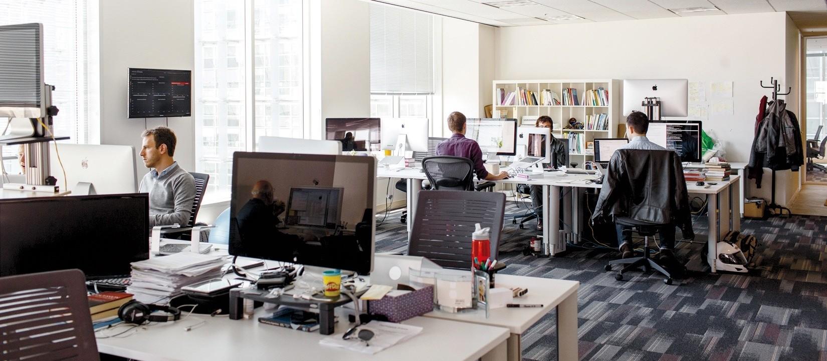 """Empresas """"velhas"""" estão criando startups"""