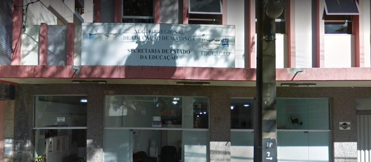 Ouvintes questionam por que escolas particulares e NRE estão com expediente interno