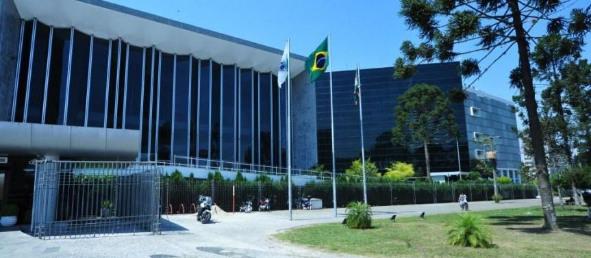 Eleições municipais alteram a pauta da Assembleia Legislativa do Paraná