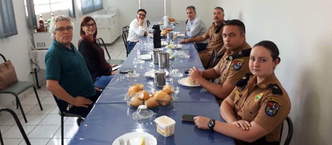 Moradores da Zona 7 e Jardim Aclimação pedem ajuda da Polícia Militar